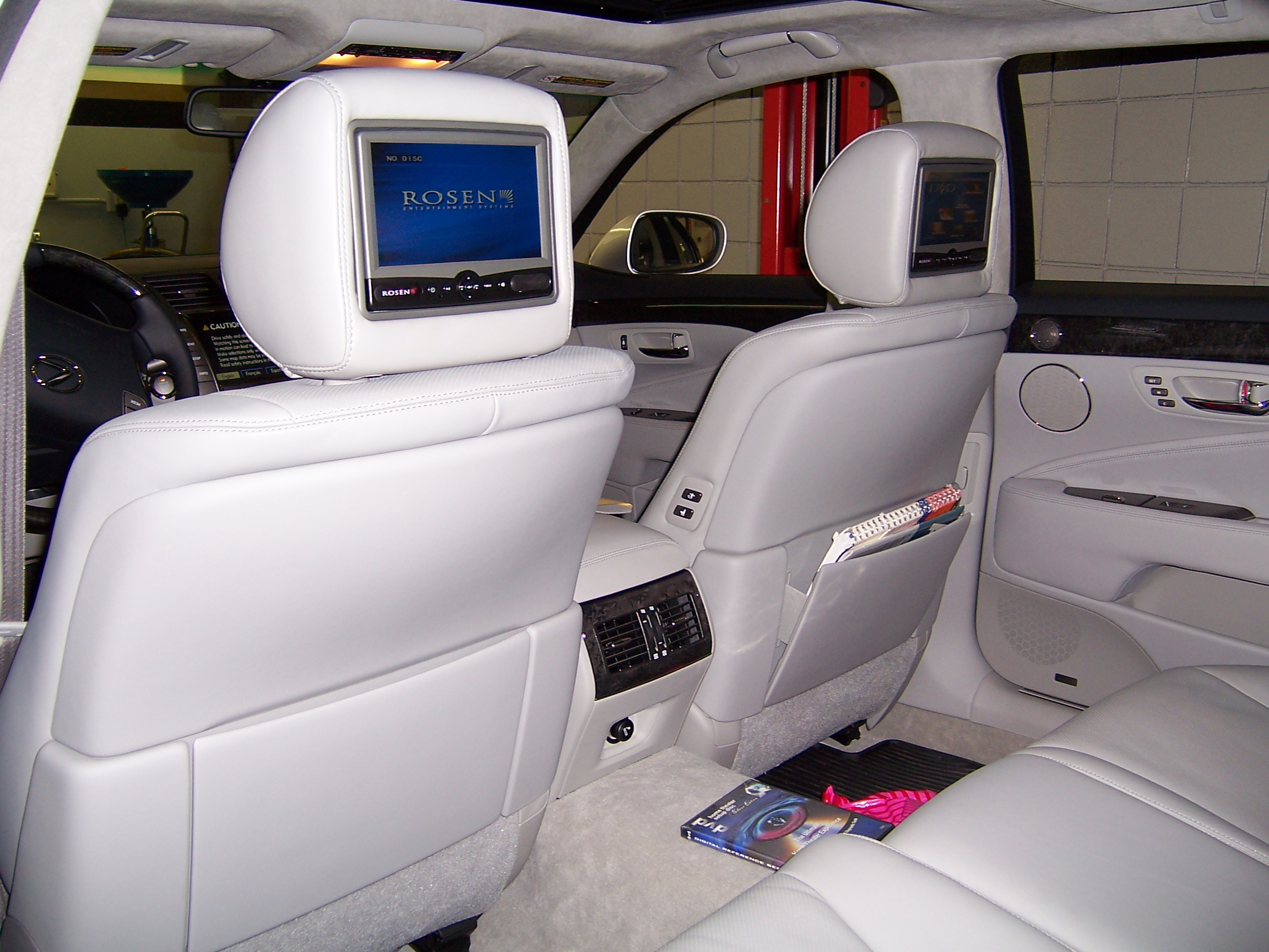 Lexus headrest dvd